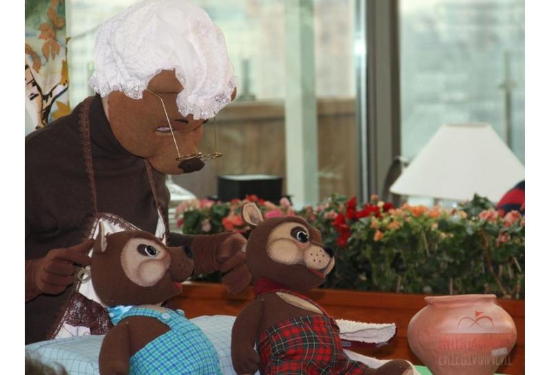 """Кукольный театр """"Два непослушных медвежонка"""""""
