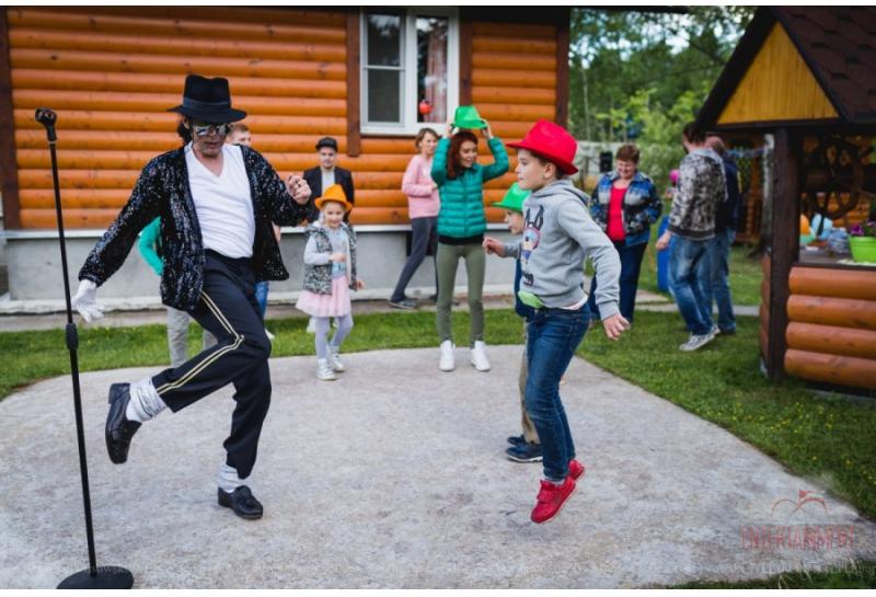 """Танцевально-музыкальное шоу """"Майкл Джексон"""""""