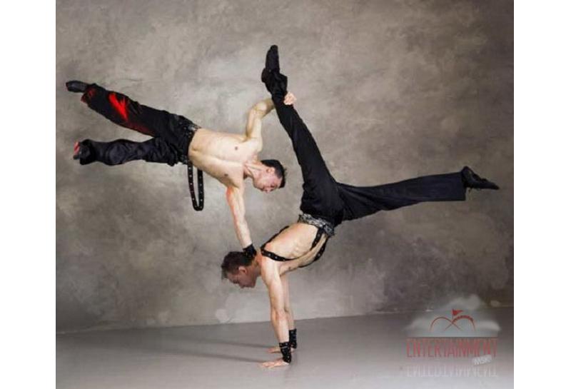 Цирковой номер - Эквилибристы