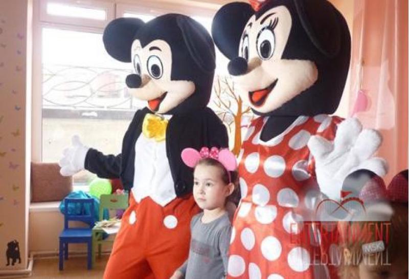 ростовая кукла Микки Маус